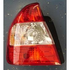 фонарь задний внешний левый хрустал красн-бел для HYUNDAI ACCENT с 2000 и далее