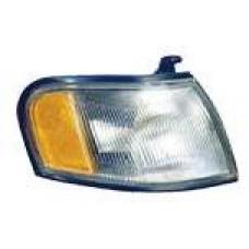 указатель поворота угловой правый бел-желтый для NISSAN ALTIMA U13 с 1993 по 1997
