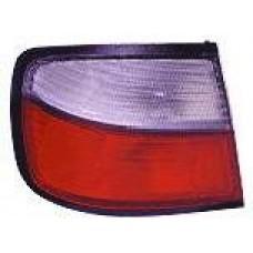фонарь задний внешний левый (4 дв) бел-красн для NISSAN PRIMERA P11 с 1997 по 1998